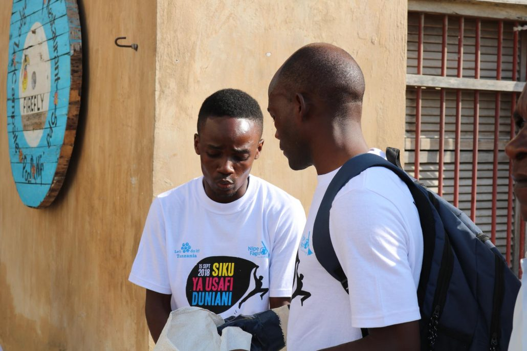 Bagamoyo team leaders planning for World Cleanup Day