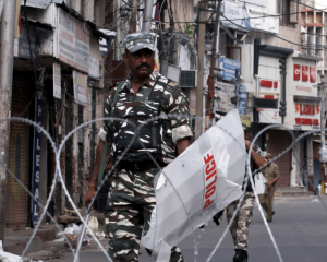 India: End communication blockade in Jammu and Kashmir without further delay