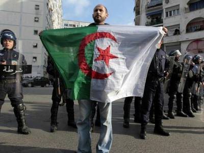 31 human rights groups call for urgent response to the Algerian government's intensifying crackdown on civil society and journalists amidst the COVID-19 pandemic