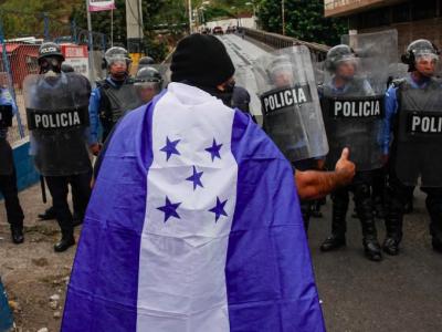 El gobierno de Honduras debe poner fin a la represión violenta de las protestas pacíficas