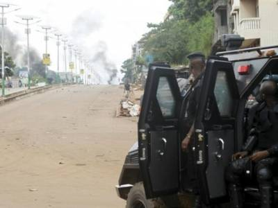 Alpha Condé wants a third term in Guinea. The AU must stop him