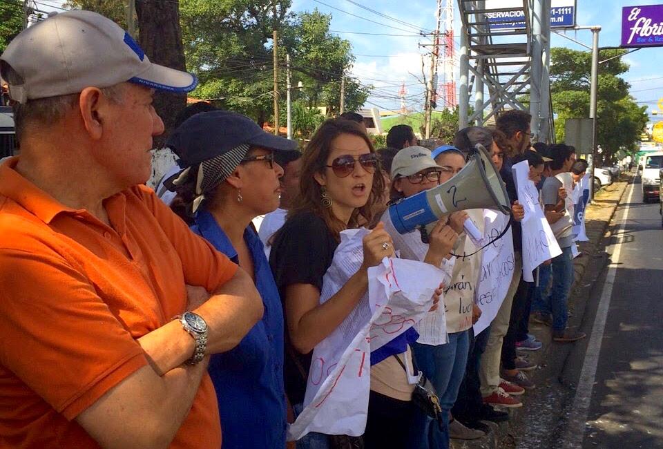 El gobierno cierra organizaciones de la sociedad civil como parte de la campaña de represión en curso en Nicaragua